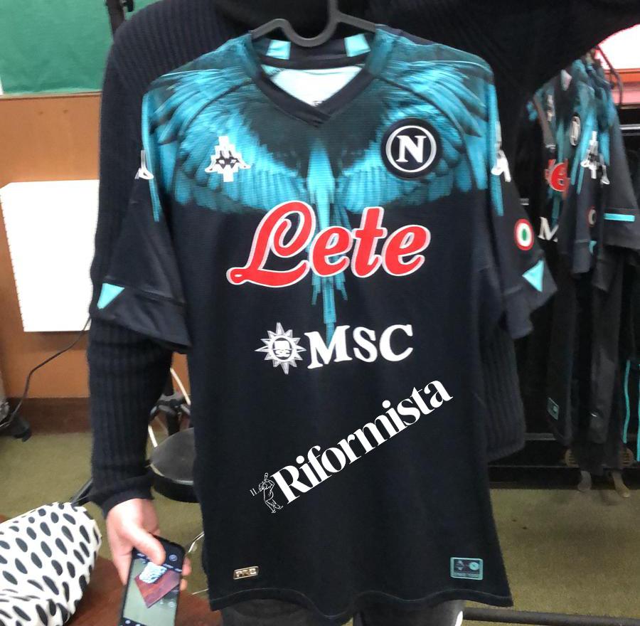 Marcelo Burlon Napoli, spuntano 2 maglie! Una per Maradona? [FOTO]