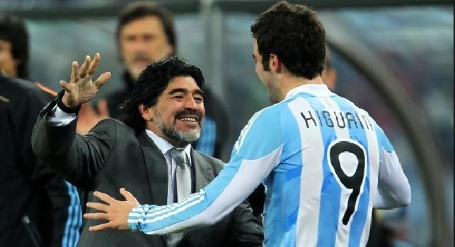 Maradona ne ha per tutti. Bordate a Higuain e ADL