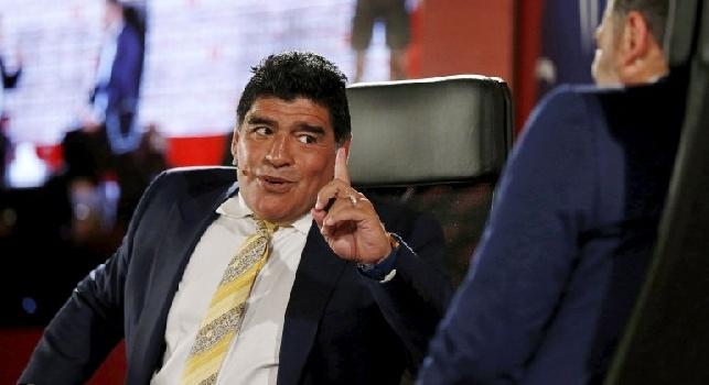 Maradona una furia: